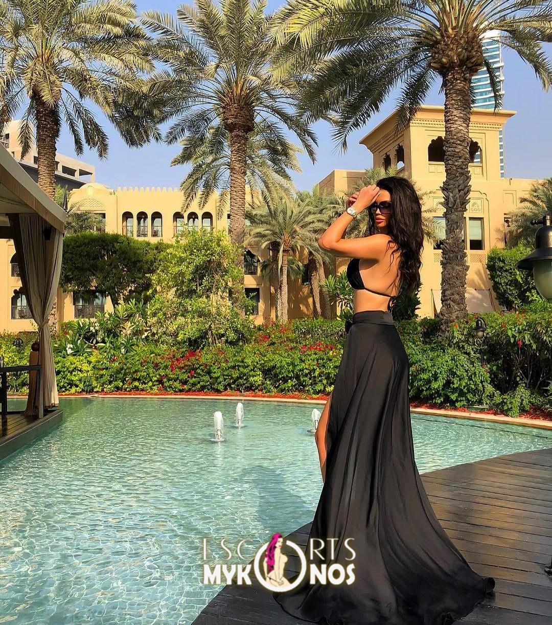 Jen International Models Mykonos