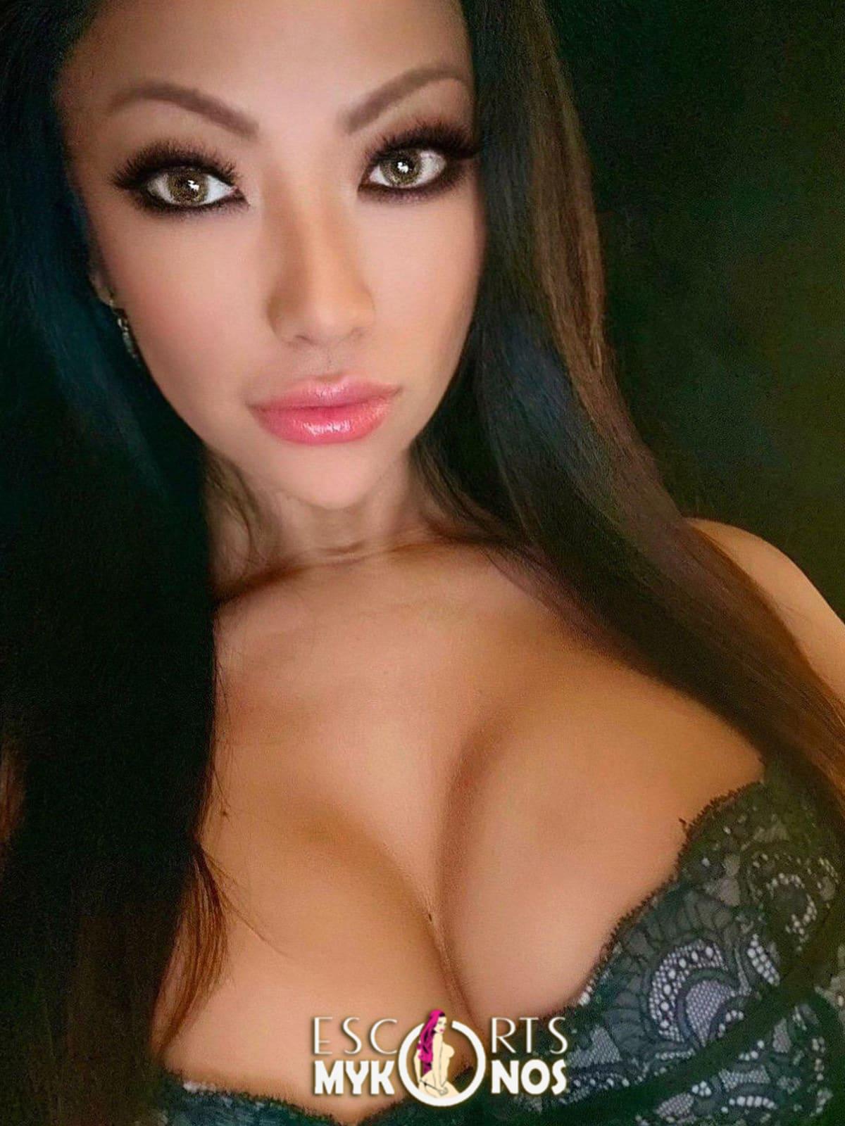 selfie angelina gray mykonos escorts playboy model