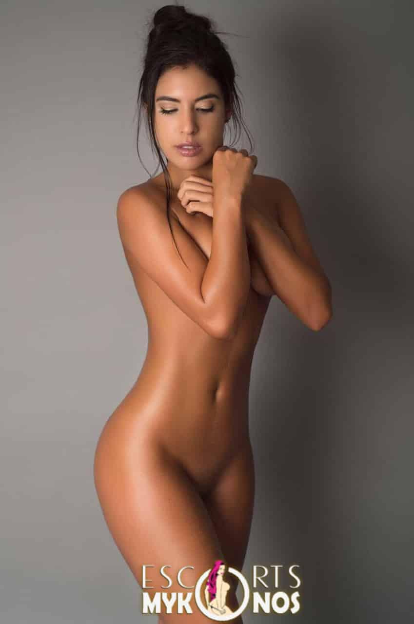 Laura Mercedes - Exclusive Brazilian model Mykonos